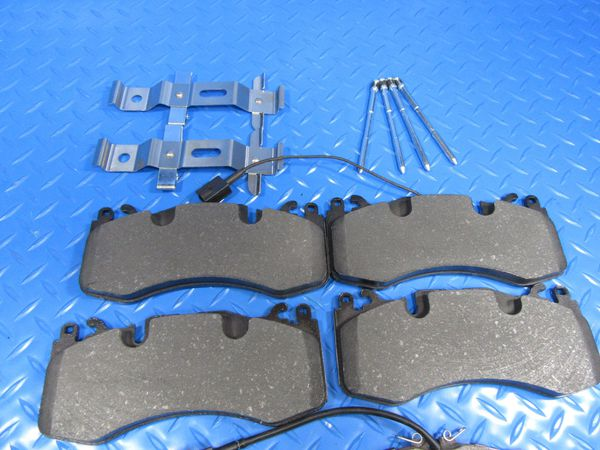 Maserati Levante S front and rear brake pads brakes kit PREMIUM QUALITY #6598