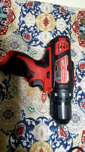 Milwaukee M12 12-Volt Lithium-Ion Cordless 3/8 in. Drill/Driver (Tool-Only for Sale in Chula Vista, CA