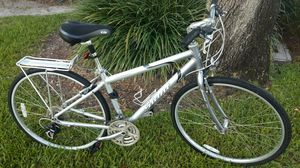 GIANT CYPRESS HYBRID BIKE. EXCELLENT CONDITION 🚴♂️ for Sale in Boca Raton, FL