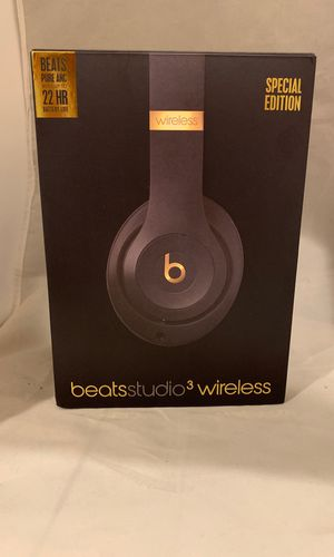 NEW BEATS STUDIO 3-SPECIAL EDITION SHADOW GRAY for Sale in Stratford, CT