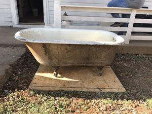 Ssmc year 1920 claw foot tub for Sale in Lynchburg, VA