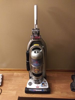 VARIOUS VACUUMS - ALL IN EXCELLENT OR LIKE NEW CONDITION - READ DESCRIPTION FOR PRICES for Sale in Lorain, OH