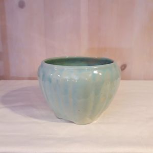 Vintage plant pot for Sale in Tacoma, WA