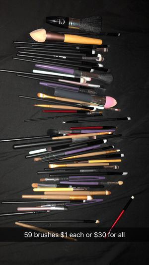 Makeup brushes for Sale in Tampa, FL