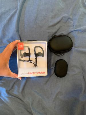 Powerbeats 3 beats by Dre wireless black + charging case for Sale in Bluffton, OH