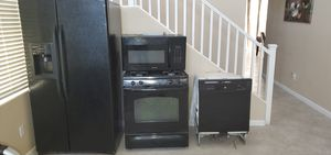 Clean, normal wear and tear appliances. for Sale in North Las Vegas, NV