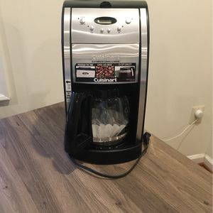 Automatic Grind &Brew Coffee Maker for Sale in Davidsonville, MD