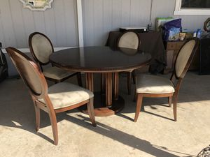 Solid wood dining table for Sale in Menifee, CA
