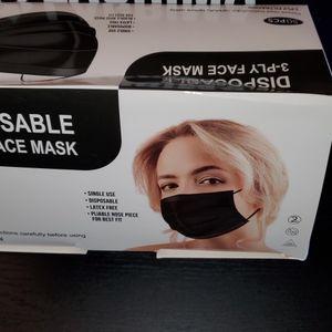 Black Face Mask 50pcs for Sale in Riverside, CA