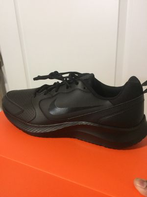 Nike MENS Shoes. Size 13. New in box for Sale in Wesley Chapel, FL