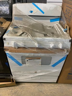 Gas stoves white ,as is ,brand new for Sale in Miami, FL