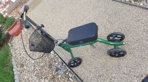 Perfect condition knee walker for Sale in Harrisonburg, VA