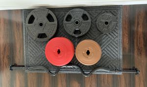 """Gold's Gym EZ Curl 1"""" Bar Weights Barbell Lifting Plates - 25, 14.3, 10, 8.8, 5 lbs for Sale in Round Rock, TX"""