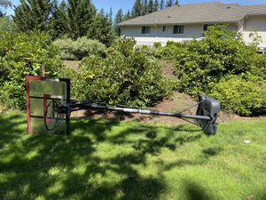 Spalding Basketball Hoop for Sale in Woodinville, WA