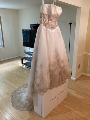 NEW Mon Cheri Wedding Dress w/ Veil - Best Offer! for Sale in Annandale, VA