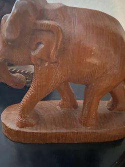 Elefantes De Madera for Sale in Bakersfield,  CA