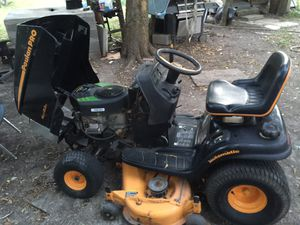 I have this tractor it works good in every team needs a new front tire has John Deere not sure how many hours it has in it but it really doesn't have for Sale in Austin, TX
