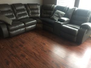 Gray leather sectional couch for Sale in Houston, TX