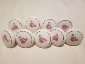 Door knobs, kitchen cabinet knobs, porcelain vanity knobs, chest knobs for Sale in Madera, CA