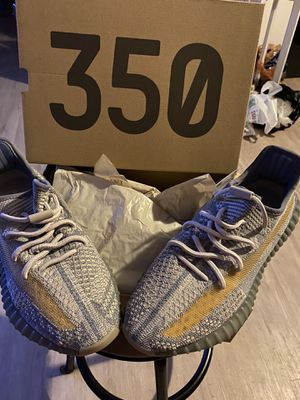 Adidas YEEZY for Sale in Los Angeles, CA