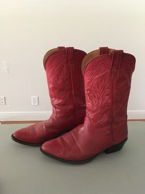 RED LEATHER COWBOY BOOTS MENS 11 for Sale in West Palm Beach, FL