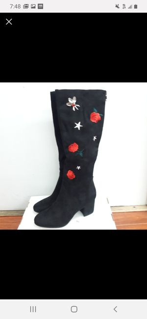 Betsey Johnson women's size 7.5 for Sale in Bloomington, CA