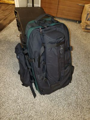 Lowepro Pro Trekker AW Camera Backpack Bag w/ Accessory Pouches for Sale in Puyallup, WA