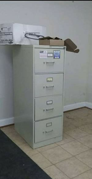 4-DRAWER LEGAL SIZE METAL FILING CABINET for Sale in Bel Air, MD