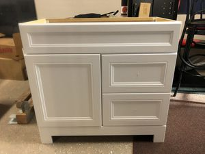 """36"""" White Vanity for Sale in Brook Park, OH"""