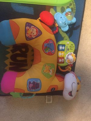 Tummy time pillow for Sale in Darlington, PA