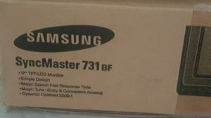 """Samsung 17"""" monitor for Sale in Katy, TX"""