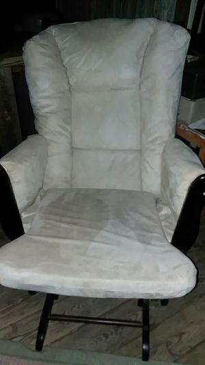 Glider Chair for Sale in Four Oaks, NC