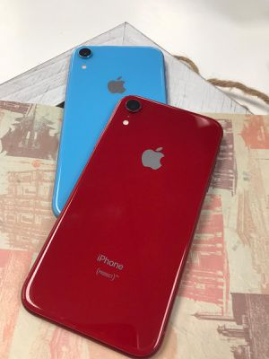 Apple iPhone XR Unlocked for Sale in Tacoma, WA