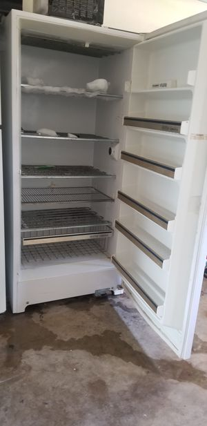 Upright freezer works great. for Sale in Houston, TX