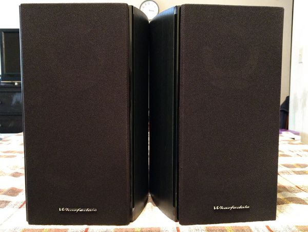 Wharfedale 10.1 bookshelf speaker