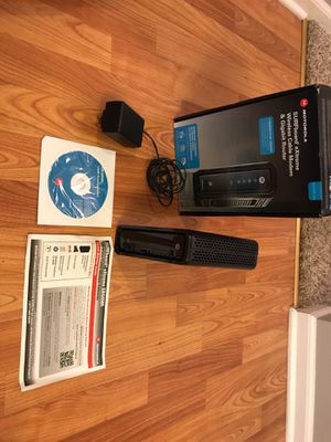 Motorola surfboard SBG6580 modem and router in one for Sale in Gahanna, OH