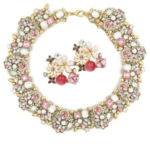 Noble pink crystal flower earrings necklace set for Sale in Atherton, CA