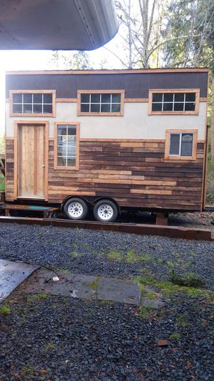 Tiny House on Wheels for Sale in Eatonville, WA