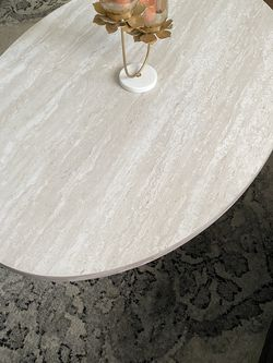 Coffee Table With Two Ends for Sale in St. Louis,  MO