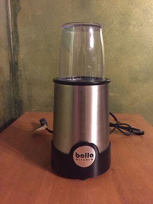 Bella rocket personal blender for Sale in Columbus, OH