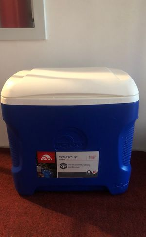 Used twice igloo cooler for Sale in Bethesda, MD
