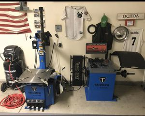 BRAND NEW Triumph tire and balancer machine for Sale in Sanger, CA
