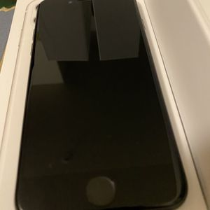 iPhone 8 64GB Unlocked for Sale in Park City, UT