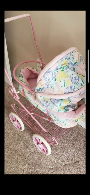 BABY DOLL CARRIAGE for Sale in Delray Beach, FL