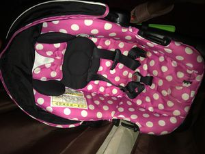 Minnie Mouse car seat for Sale in Raytown, MO