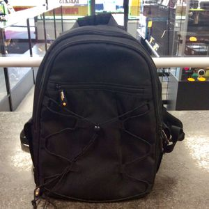 Amazon Basics Cameras Backpack for Sale in Tampa, FL