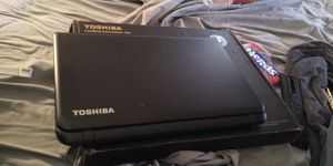 Toshiba satellite c55dt-b5128 touch screen laptop for Sale in Benbrook, TX