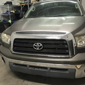 2007 Toyota Tundra Chrome Grill for Sale in Orange, CA