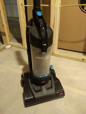 Vacuum cleaner for Sale in Lewis Center, OH