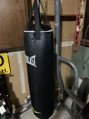 Everlast Bag & Stand for Sale in Tacoma, WA